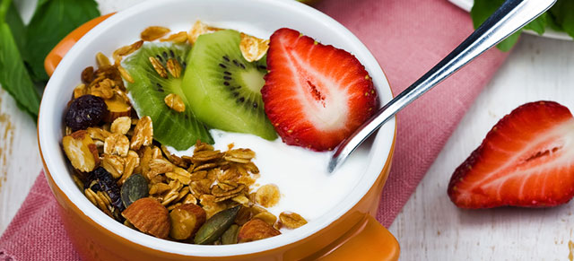 Greek Yogurt Breakfast Bowl