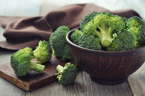 Wondering how to increase iron absorption? Eat broccoli!